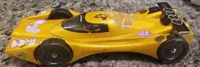pinewood derby yellow exotic car