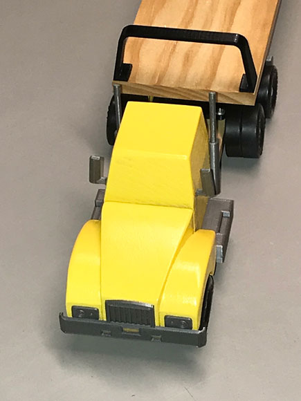 pinewood derby big rig yellow front